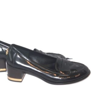 Tory Burch Sz 9.5 Black Loafers Logo Block  Heels